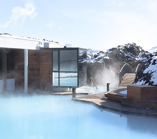 Studio Basalt Architect navrhlo na Islandu čarokrásný Blue Lagoon Resort