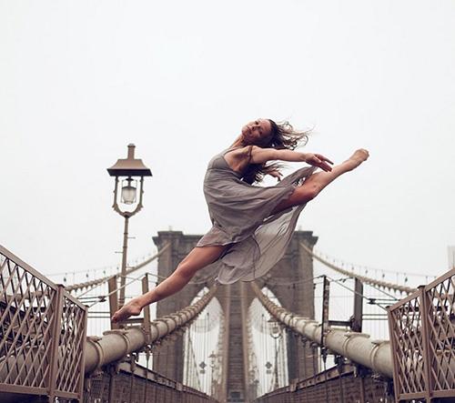 Nádherní baletní tanečníci na fotkách v ulicích New Yorku