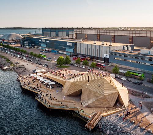 Avanto Architects postavili v Helsinkách pobřežní saunu geometrických tvarů