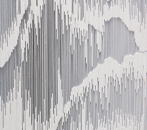 Tara Donovan vystavuje svoje díla v galérií Pace Gallery
