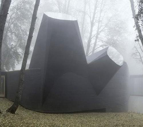 Smiljan Radic vystavuje svou unikátní architekturu