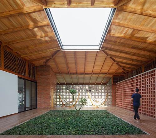 Studio Natura Futura Arquitectura navrhlo v Ekvádoru rodinnou vilu pro poklidné rozjímání